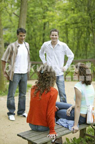 Flirten männer mit allen frauen