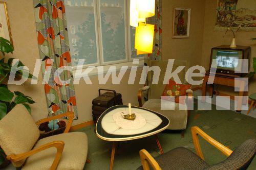 Blickwinkel wohnung im stil der 50er jahre wohnzimmer for Wohnzimmer 50er jahre