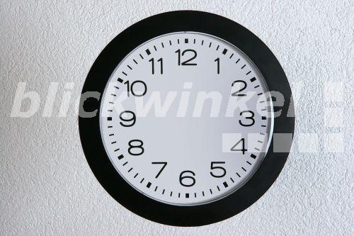 blickwinkel uhr ohne zeiger pointerless clock mcphoto bilderbox. Black Bedroom Furniture Sets. Home Design Ideas